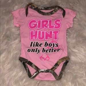 Girls hunt Hunting RealTree newborn baby onesie